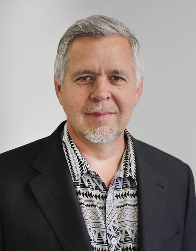 Roland Thiessen - iQ
